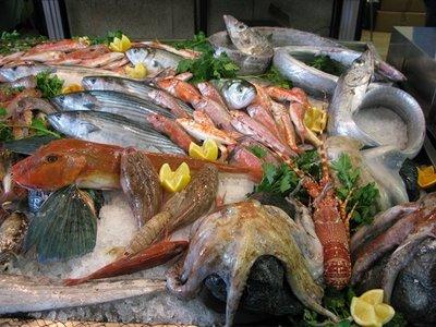 Riconoscere il pesce fresco frutti di mare - Pagina di colorazione del pesce ...